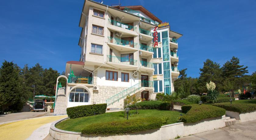 Hotel Zora 2*